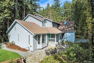 Edmonds Single Family Home For Sale: 17206 68th Ave W
