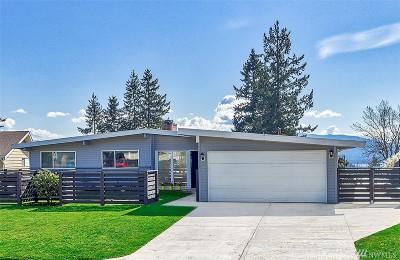 Bellevue Single Family Home For Sale: 17005 NE 6th St