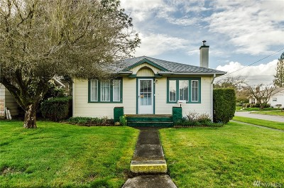 Centralia Single Family Home For Sale: 901 S Tower Ave