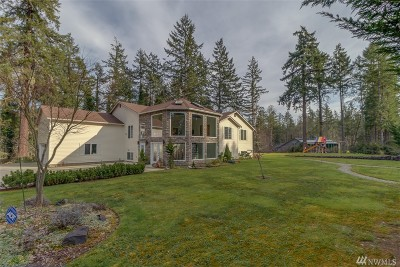 Olympia Single Family Home For Sale: 8438 Island View Dr NE