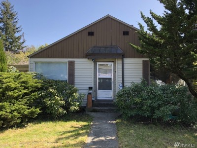 Seattle Single Family Home For Sale: 119 N 105th St