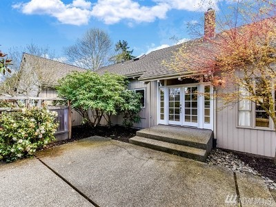 Kenmore Single Family Home For Sale: 6251 NE 159th St