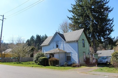 Tumwater Single Family Home For Sale: 615 N 9th Ave SW