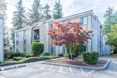 Bellevue Condo/Townhouse For Sale: 14625 NE 34th St #G4