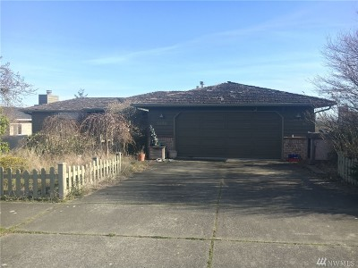 Tacoma Single Family Home For Sale: 1895 Overview Dr NE