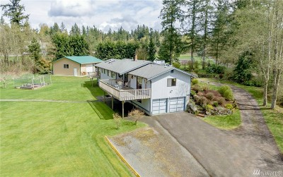 Enumclaw Single Family Home For Sale: 39132 244th Ave SE