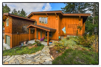 Skagit County Single Family Home Pending: 297 Nisqually Place