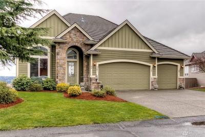 Bonney Lake Single Family Home For Sale: 33 Mount Rainier Loop