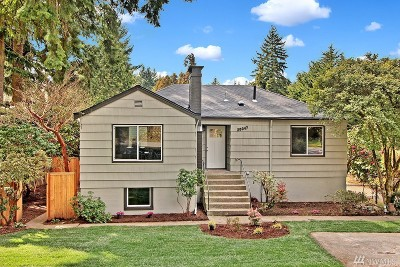 Shoreline Single Family Home For Sale: 20047 Wallingford Ave N