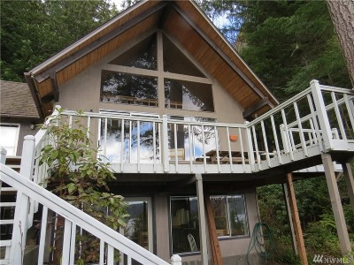 Lilliwaup Single Family Home Pending Inspection: 32580 N Us 101 Hwy