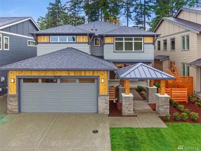 Bonney Lake Single Family Home Contingent: 17605 131st St E