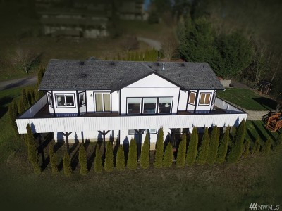Chehalis Single Family Home For Sale: 235 SE Winchester Hill Dr