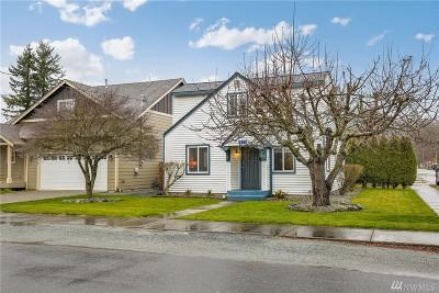 Burlington Single Family Home For Sale: 833 Greenleaf Ave