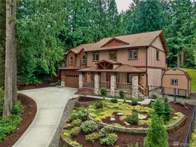 Redmond Single Family Home For Sale: 3400 E Ames Lake Dr NE