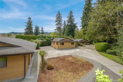 Issaquah Single Family Home For Sale: 18425 SE 44th St