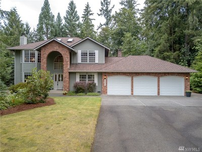 Maple Valley Single Family Home For Sale: 24304 SE 256th St