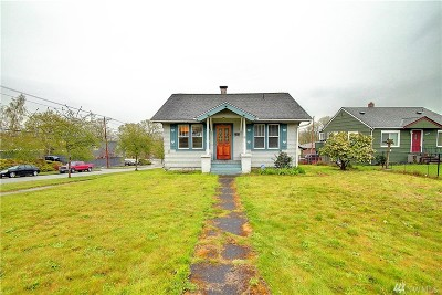 Everett Single Family Home For Sale: 2301 Cleveland Ave