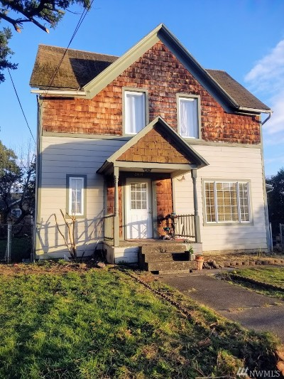 Single Family Home For Sale: 2414 J St