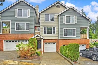 Issaquah Condo/Townhouse For Sale: 4112 248 Ct SE #85