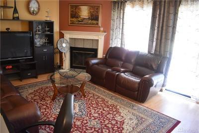 Bellevue Condo/Townhouse For Sale: 16200 NE 12th Ct #C40