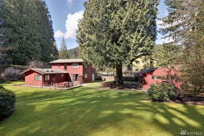 Bellingham Single Family Home Pending: 929 W Lake Samish Dr