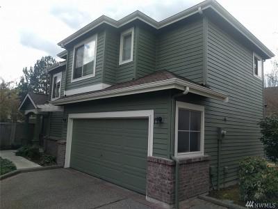 Redmond Condo/Townhouse For Sale: 15719 NE 95th Wy