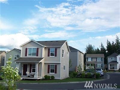North Bend, Snoqualmie Condo/Townhouse For Sale: 33713 SE Gove St #18