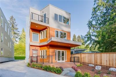 Kirkland Single Family Home For Sale: 12422 NE 111th Place