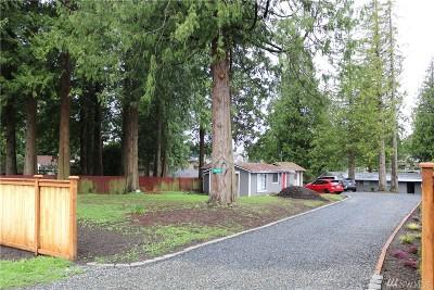Lynnwood Single Family Home For Sale: 15820 E Shore Dr