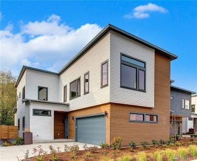 Kirkland Single Family Home For Sale: 12327 94th Ave NE