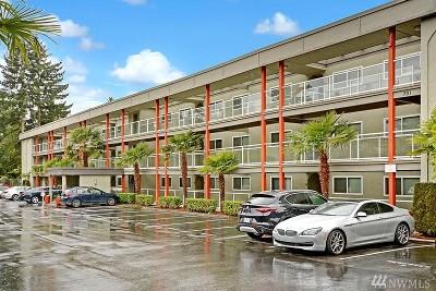 Bellevue Condo/Townhouse For Sale: 701 NE 122nd Ave NE #109
