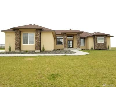 Moses Lake Single Family Home For Sale: 8475 SE Dune Lake Rd