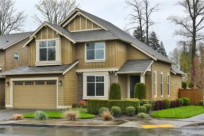 Renton Single Family Home For Sale: 254 Elma Ct NE
