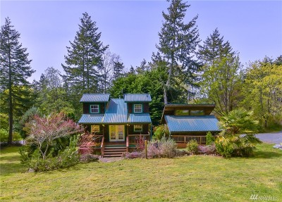 Anacortes Single Family Home For Sale: 7760 Holiday Blvd