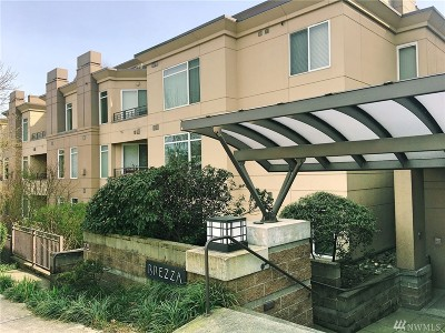 Kirkland Condo/Townhouse For Sale: 225 4th Ave #A408