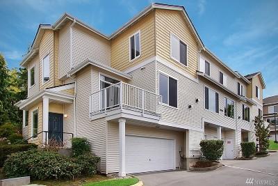 Duvall Condo/Townhouse For Sale: 14530 1st Lane NE #105