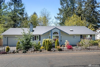 Gig Harbor Single Family Home For Sale: 13418 Emerald Dr NW