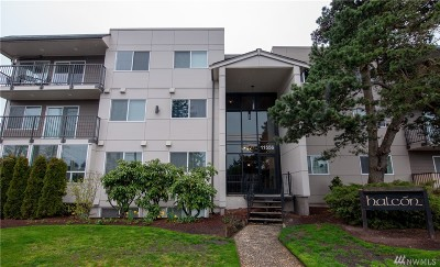 Seattle Condo/Townhouse For Sale: 11556 Greenwood Ave N #203