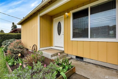 Bellingham Single Family Home For Sale: 3007 Lindbergh Ave