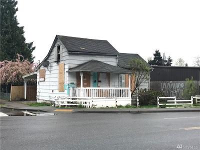 Kent Single Family Home For Sale: 114 E Willis St