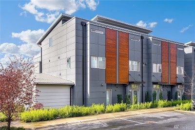 Issaquah Condo/Townhouse For Sale: 4237 213th Place SE