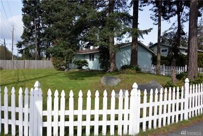 Oak Harbor Single Family Home For Sale: 25 NW Jib St