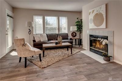 Bellevue Condo/Townhouse For Sale: 12903 SE 38th St #108