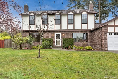 Oak Harbor Single Family Home For Sale: 684 NW Ebb Tide Ct