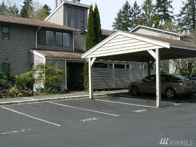 Kirkland Condo/Townhouse For Sale: 9930 NE 144th Lane #204