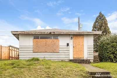 Tacoma Single Family Home For Sale: 5233 S State St
