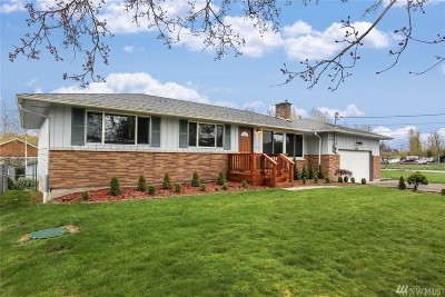 Kent Single Family Home Contingent: 26638 127th Ave SE