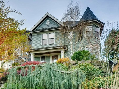 Seattle Single Family Home For Sale: 3411 10th Ave W