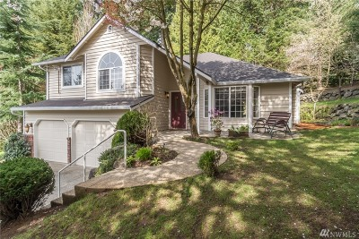 Lake Forest Park Single Family Home For Sale: 4028 NE 196th Ct