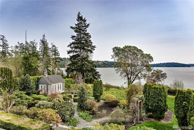 Anacortes Single Family Home For Sale: 8480 Thompson Beach Rd
